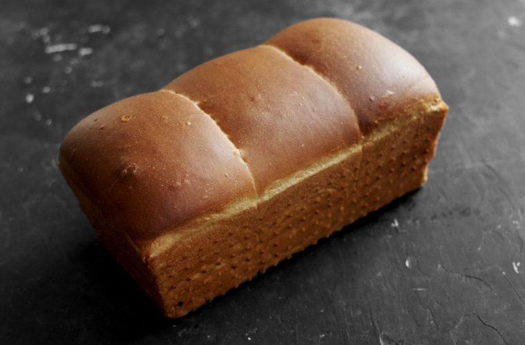 PečemPecen: Toustový chléb přes noc
