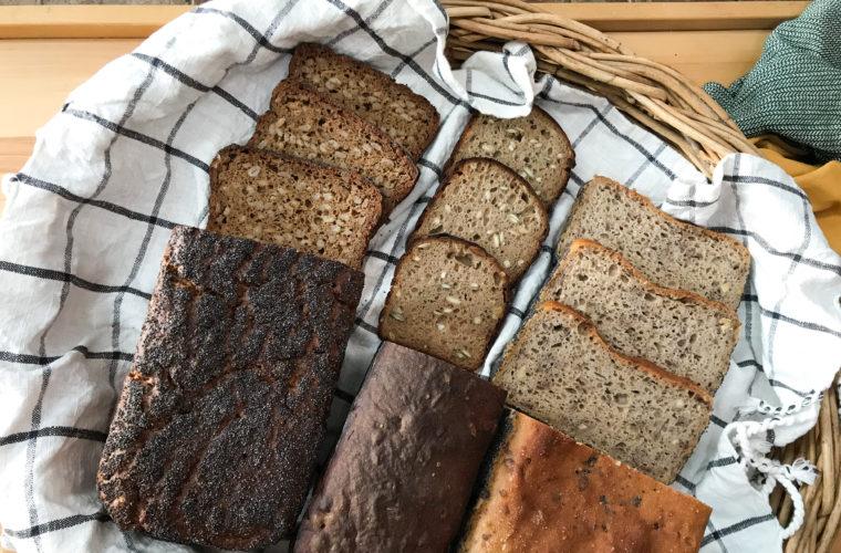 Žitný chléb s celým zrnem pro Herbář