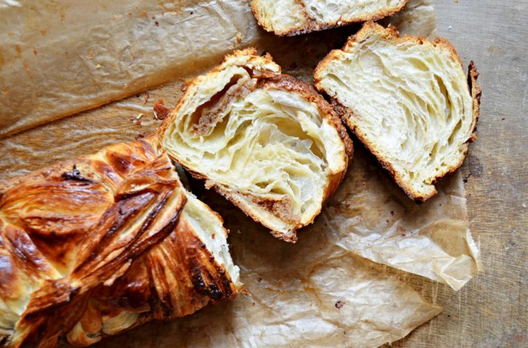 Brioche Feuilletée neboli máslem překládaná brioška