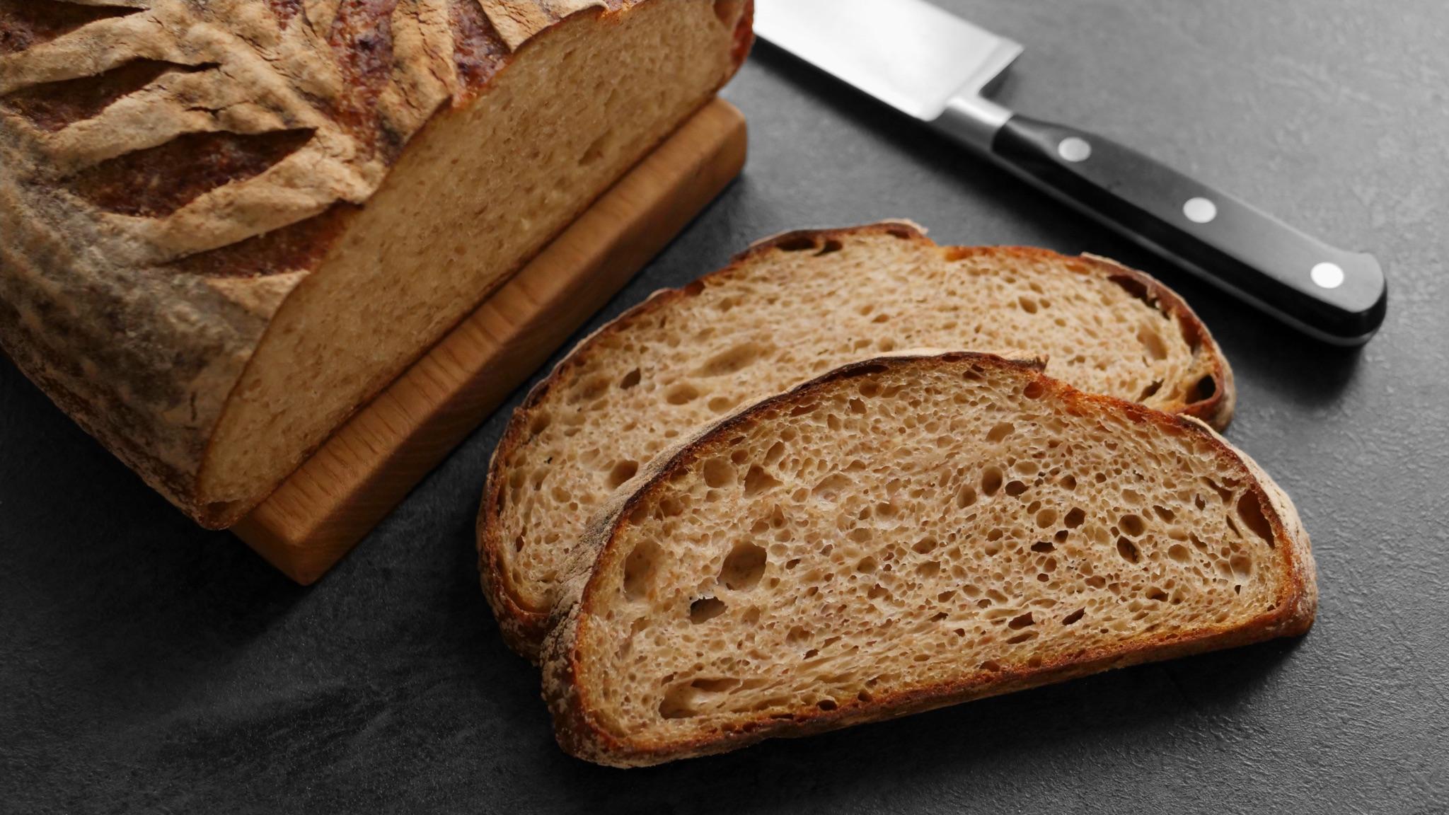 Chléb s kaší z červené pšenice