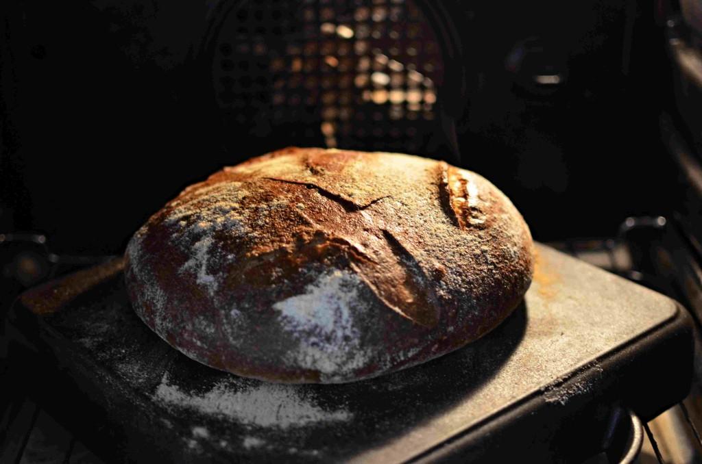 m_dopekajici se chleb