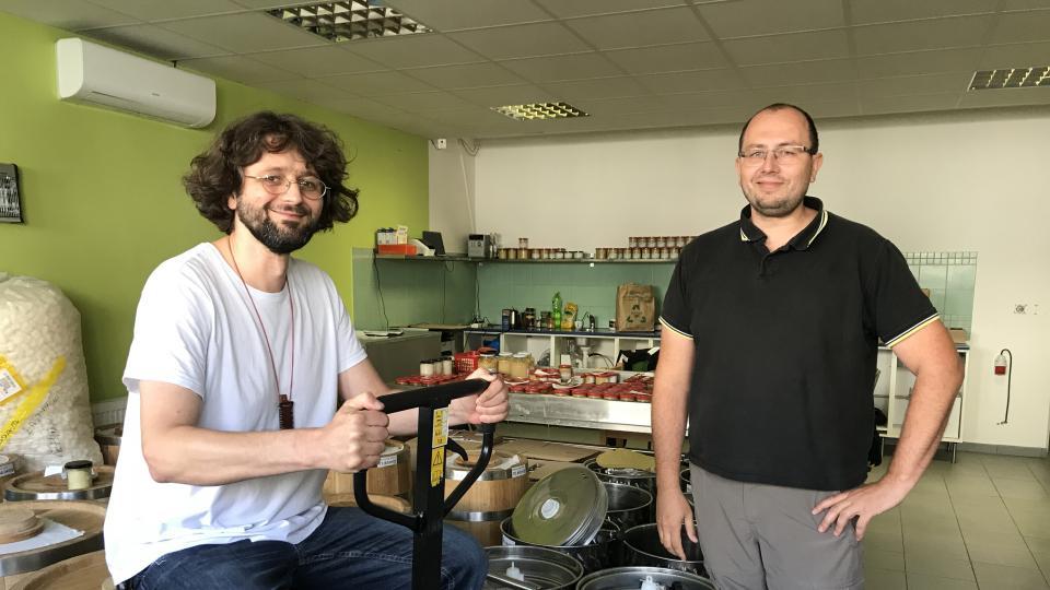 """Ve vlastní šťávě: """"I plíseň může být hodná,"""" vysvětluje český výrobce japonské pasty miso"""