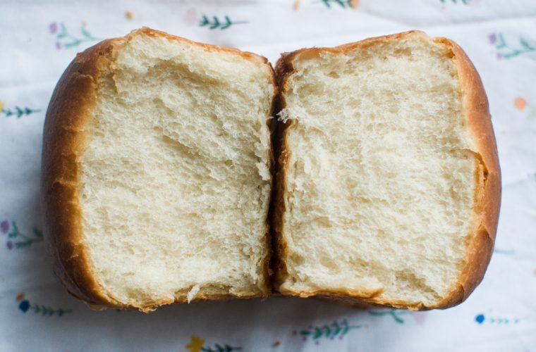 Klasické loupáky a toustový chléb s asijským twistem (z droždí)