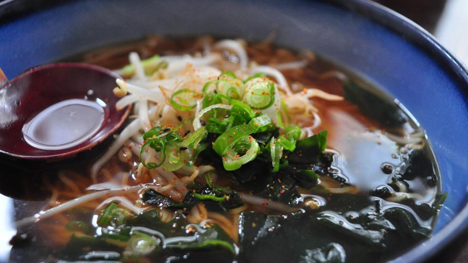 Ve vlastní šťávě s Maškrtnicí. Stane se po vietnamské pho dalším polévkovým hitem japonský ramen?